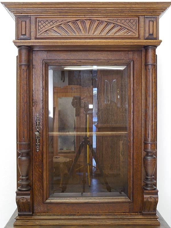 Vitrine Schrank Buffetschrank Gründerzeit um 1880 aus Eiche massiv B:80cm (6448) – Bild 5