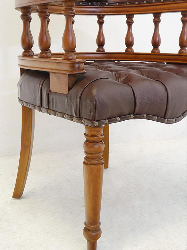 Stuhl Bürostuhl Armlehnstuhl Massivholz Chesterfield Design braunes Leder (6570) – Bild 3