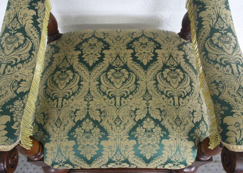 antiker Sessel im Barockstil aus Eiche – Bild 7