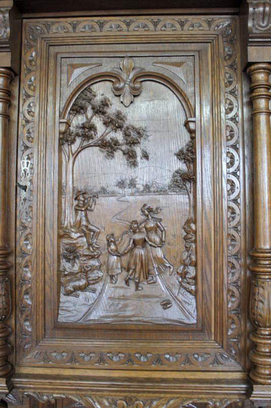 bretonischer Wohnzimmerschrank aus Eiche – Bild 13
