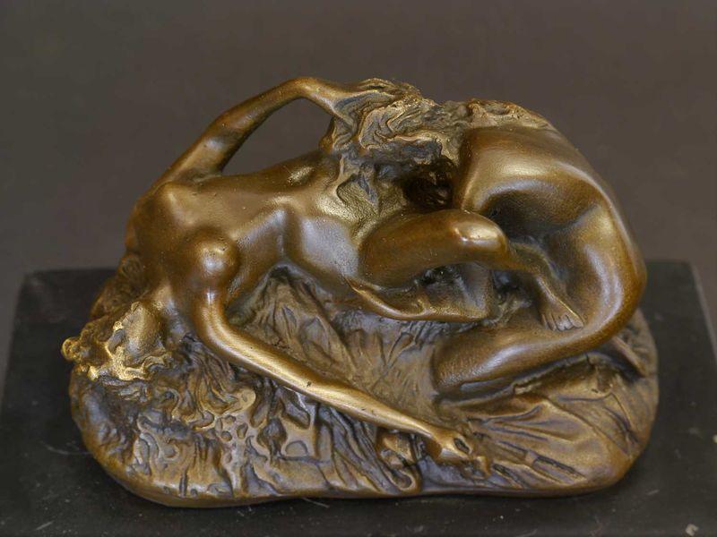 Bronze Figur Bronzeskulptur 2 liebende Frauen auf Marmorsockel H: 13 cm (8461) – Bild 3
