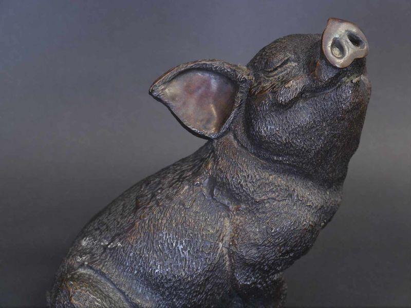 Bronzefigur Tierfigur Skulptur Schwein Glücksschwein aus Bronze H: 18 cm (8721) – Bild 3