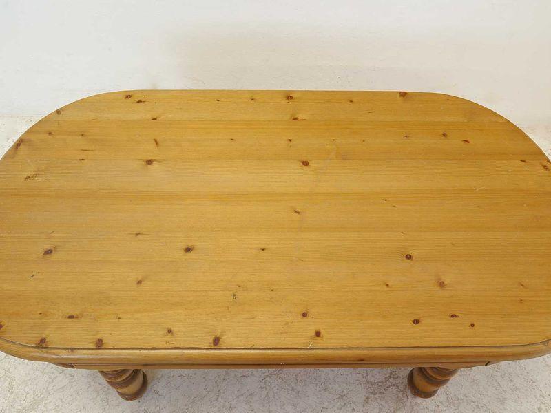 Couchtisch Tisch Wohnzimmertisch im antiken Stil aus Weichholz L: 130 cm (8795) – Bild 2