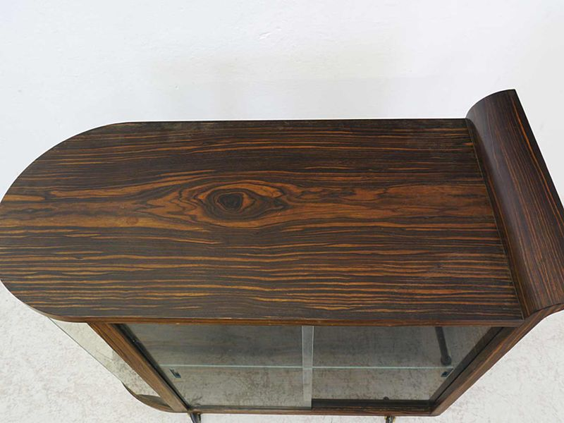 Vitrine Teeschrank Barschrank Art Deco um 1925 Palisander furn. L: 90 cm (8807) – Bild 2