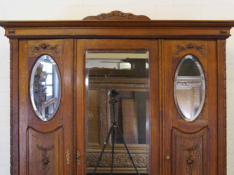 Kleiderschrank Dielenschrank Spiegelschrank Antik um 1920 Eiche B: 150 cm (8936) – Bild 3