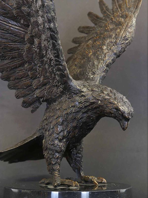 Bronze Figur Skulptur Adler Greifvogel auf Marmorsockel dekorativ H: 33 cm (8944) – Bild 2