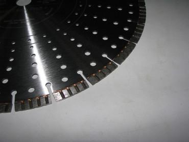 Blocksteinsäge Gölz BS 400 B Honda GX200 Benzin + Trennscheibe Beton Tischsäge – Bild 10