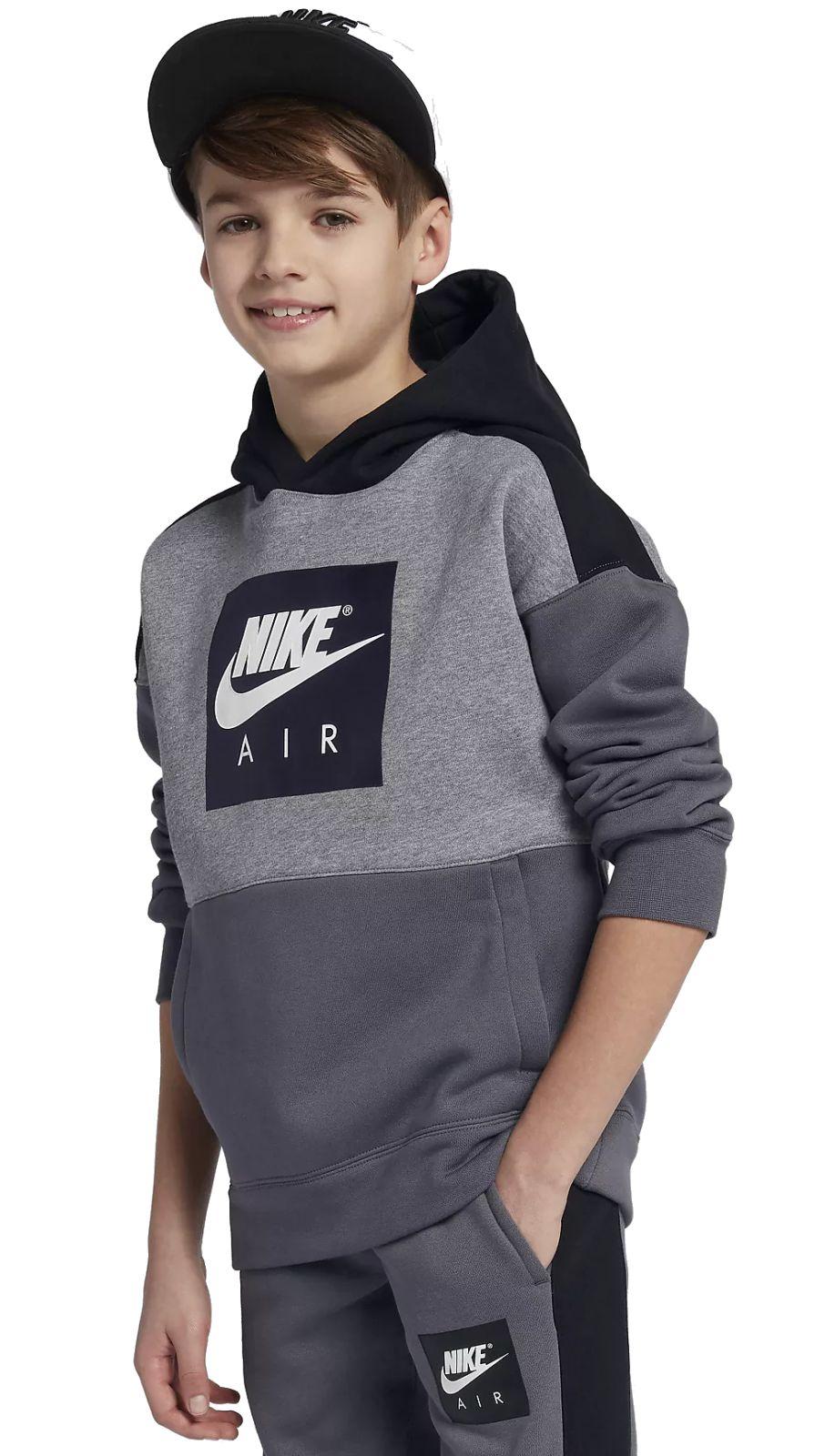 Der Nike Air Hoodie für ältere Kinder (Jungen) sorgt mit besonders weichem  Fleece-Material für warmen Tragekomfort in der Schule oder beim in der  Freizeit ... 217c0fd5f0