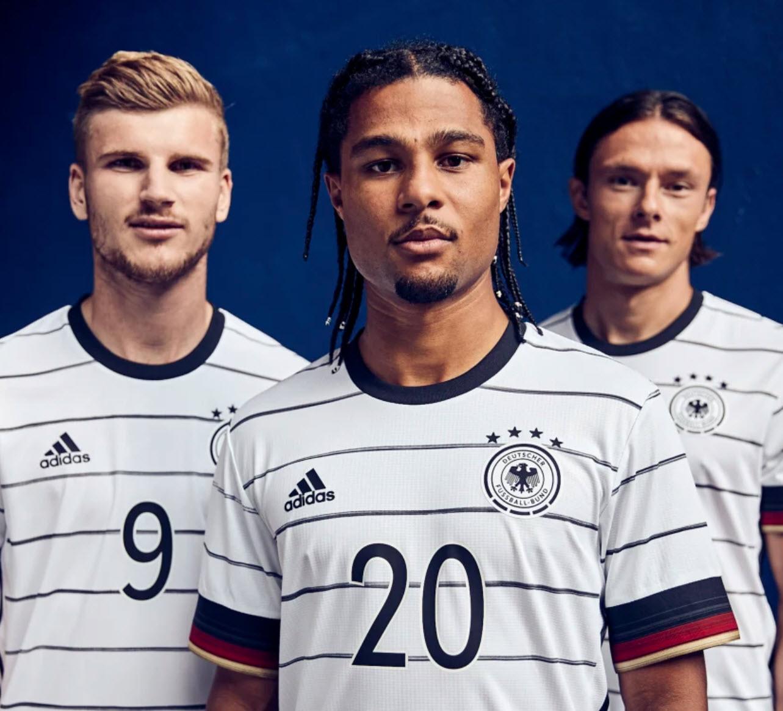 Komplette DFB Kollektion