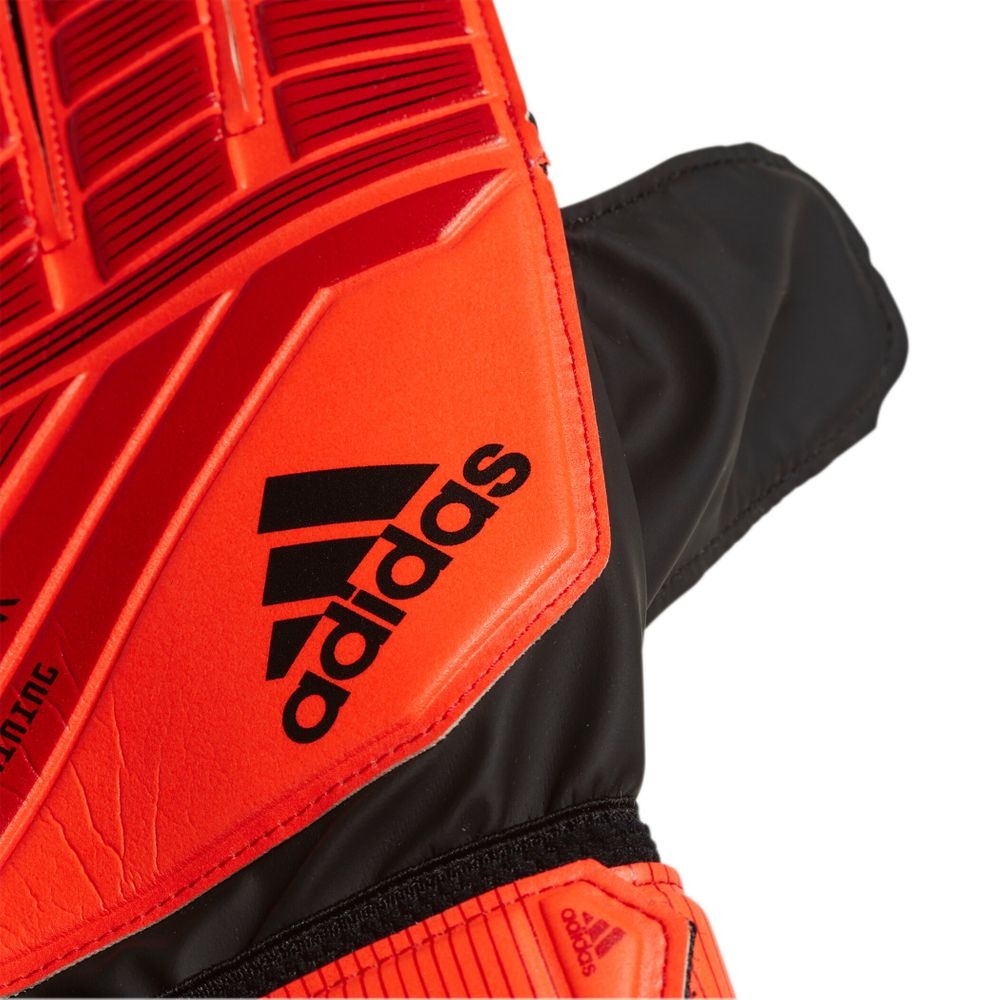 adidas PRED TRN - ACTRED/BLACK/SOLRED