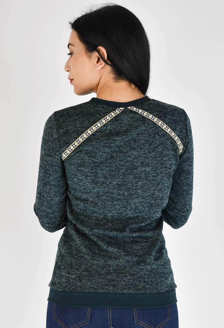 Grüner Sweater mit Borte – Bild 3