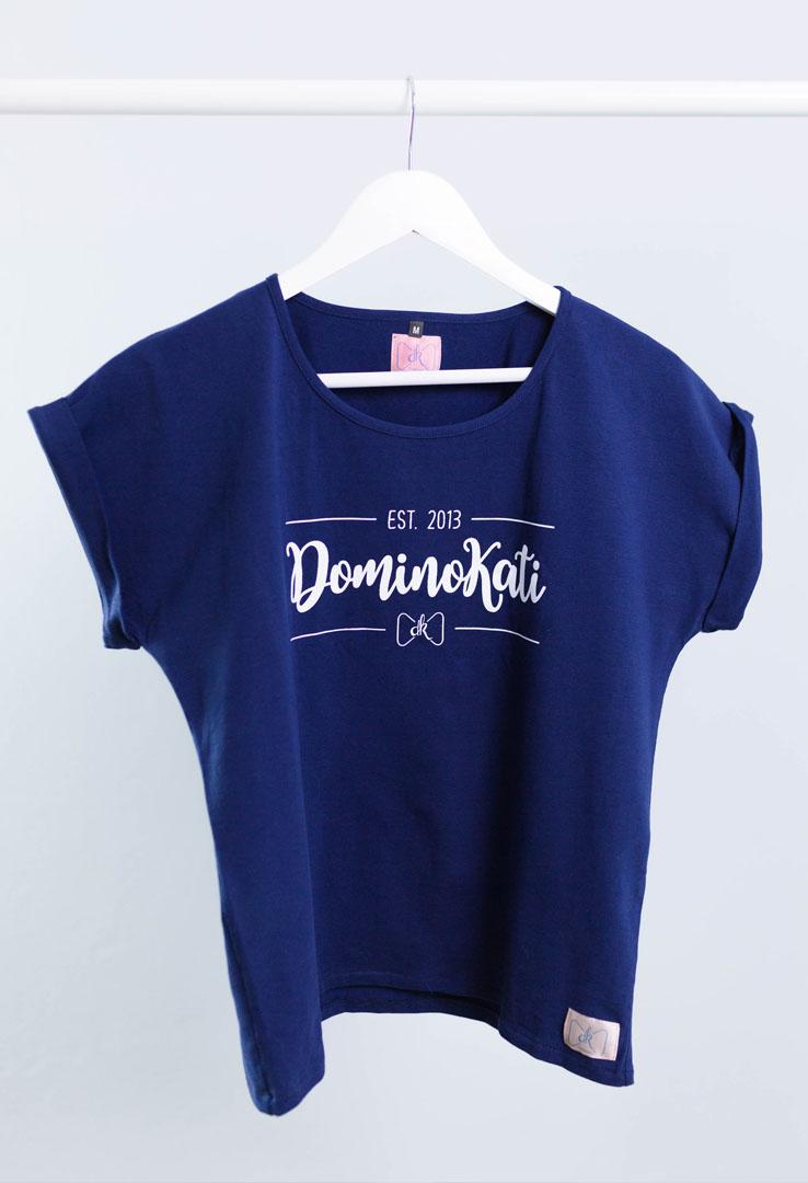 """Dominokati Shirt """"est 2013"""" – Bild 5"""