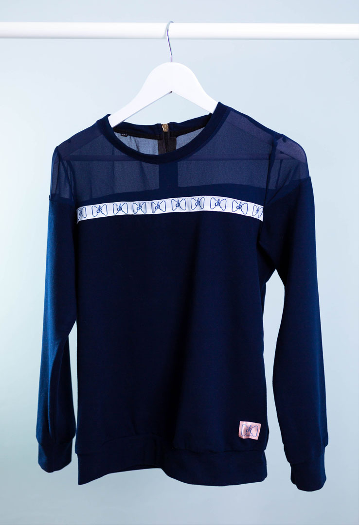 Dominokati blaues Sweatshirt  – Bild 5