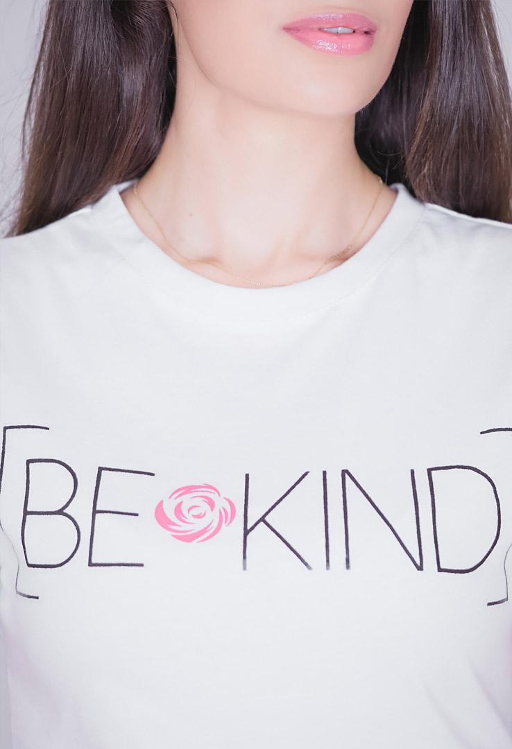 T-Shirt BE KIND – Bild 2