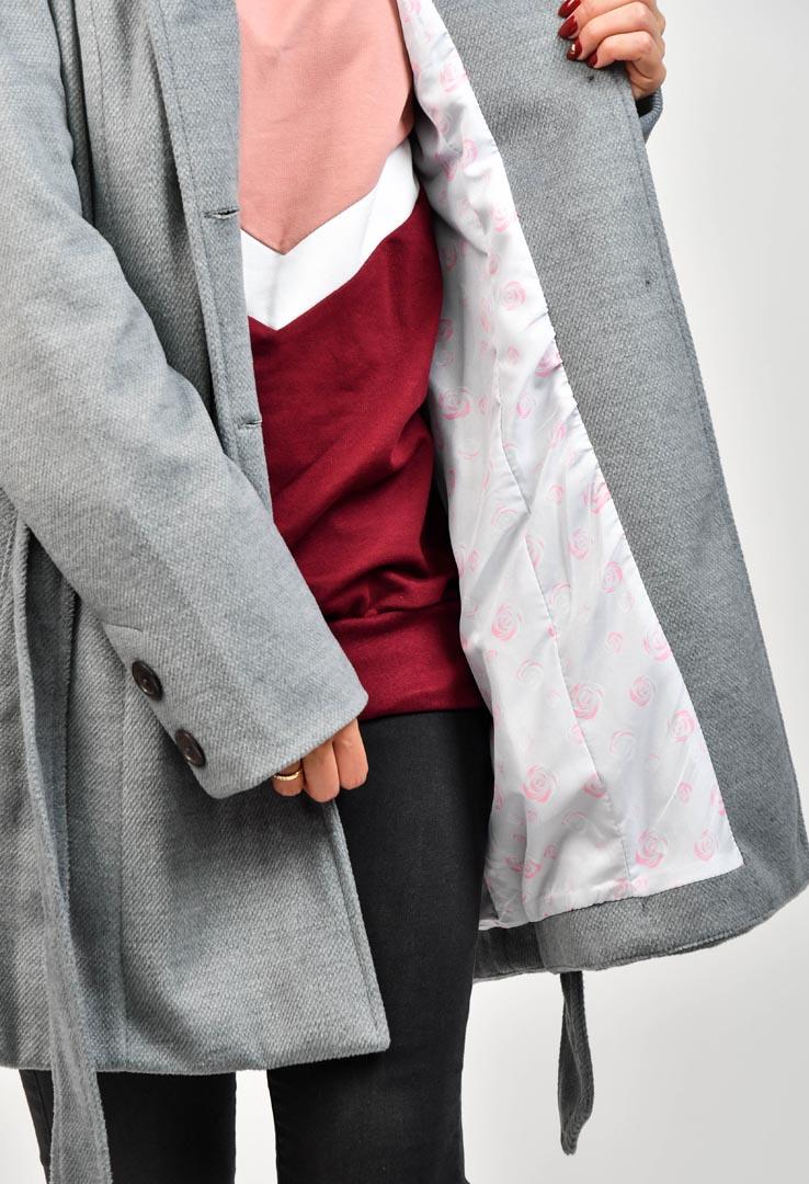 Mantel mit großer Kapuze – Bild 6