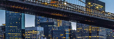 Non-Woven Wall Mural Blue Hour over New York – Bild 4