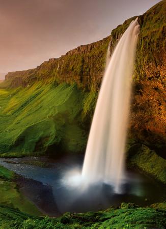 Vlies Fototapete Wasserfall in Island 184x254cm – Bild 1