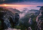 Papier Fototapete Sonnenaufgang auf den Felsen 368x254cm 001