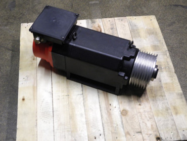 Fanuc A06B-0855-B200#3000 Spindle Motor alpha 8 max 6000 Top Zustand – Bild 1