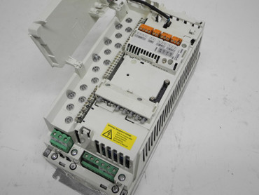 ABB ACS800 Frequenzumrichter ACS800-01-0005-3 +E200 400V 8,5A + RDIO-01 TESTED – Bild 4