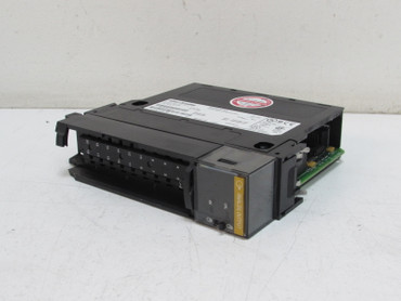 Allen Bradley 1756-0F4 A PN-15768 Analog Output 10V & 4-20mA 4 Point TESTED – Bild 1