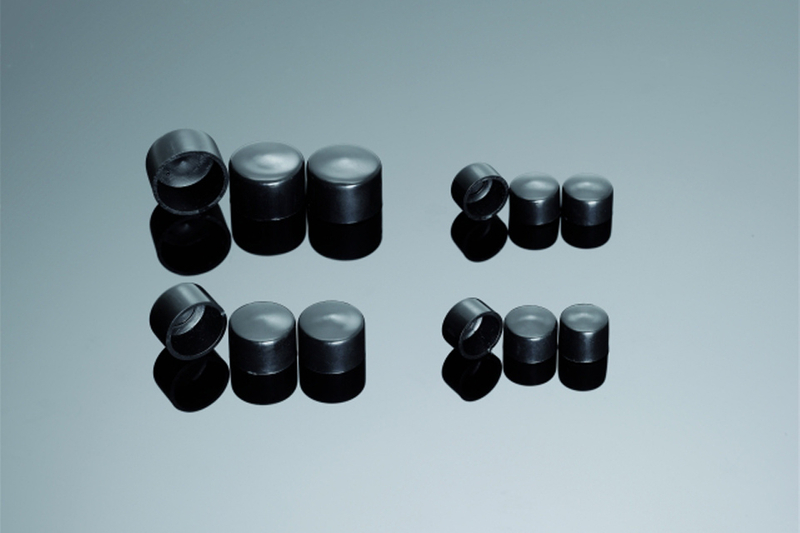 BLACK COVER HEX. BOLT M5 (W = 8 MM)