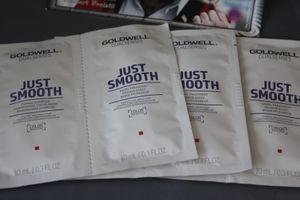 Goldwell 3x Just Smooth Bändigungs Shampoo + Pflegekur á 10 ml Sachet