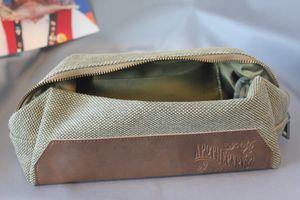 Apothecary87 Dopp Wash Bag Kulturbeutel aus Stoff – Bild 1