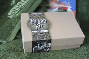 Apothecary87 Beard Kit Gift Box – Bild 2