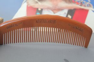 Apothecary87 The Man Club Barber Comb Holzkamm