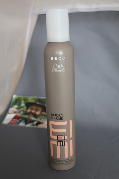 Eimi Natural Volume Styling Mousse strong 300 ml Wella