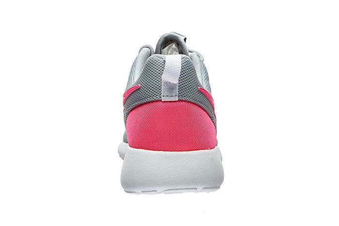 buy popular afe89 f9a47 NIKE Roshe One Junior Sneaker