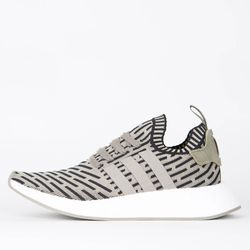 Adidas NMD_R2 PK  - Trace Cargo / Trace Cargo / Core Black Sneaker