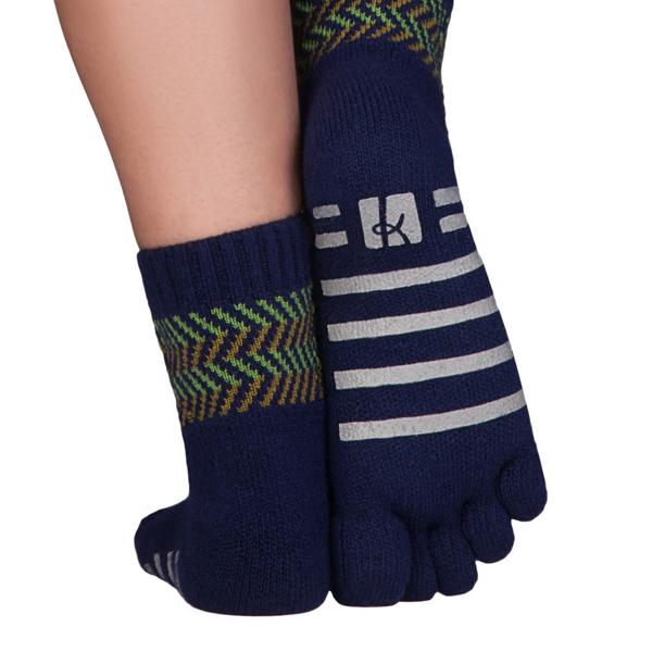 KNITIDO Kaschmir und Merino warme Zehensocken mit ABS-Sohle und ohne Gummibund Homesocks blau/grün