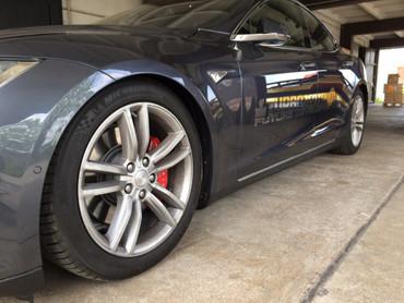Tieferlegung Koppelstangen Tesla Model S – Bild 1