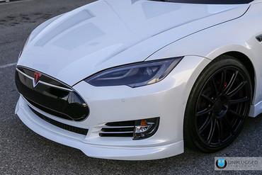 Unplugged Performance Carbon Front Spoiler und Diffusor System für Tesla Model S – Bild 9