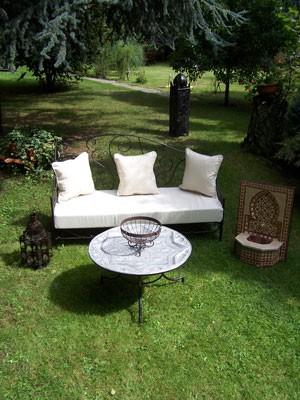 Oriental Iron Sofa Murcia - White – image 3