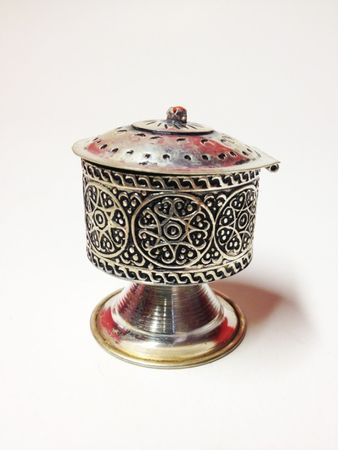 Oriental Jewelry Box Nr. 2 – image 1
