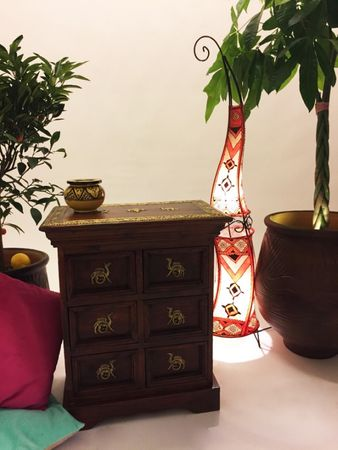 Indian Bedside Table Mohini – image 5