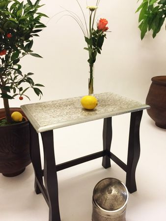 Indian Table Sharmila - Large, 60cm – image 4