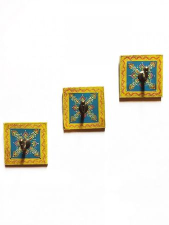 Set of 3 Wardrobe Hook istari 2 – image 1