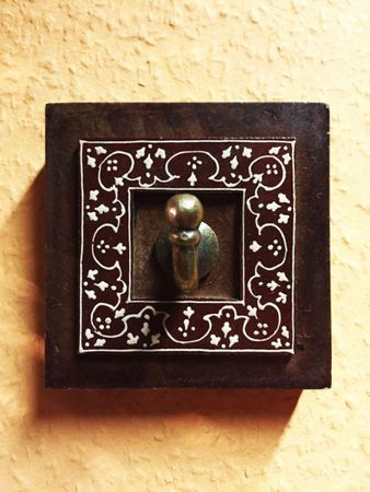 Set of 2 Indiann Wardrobe Hook Saroja – image 3