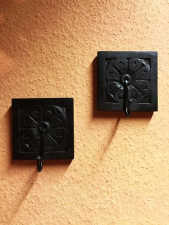 Set of 2 Indian handcarved coat Hook Sarala – image 4