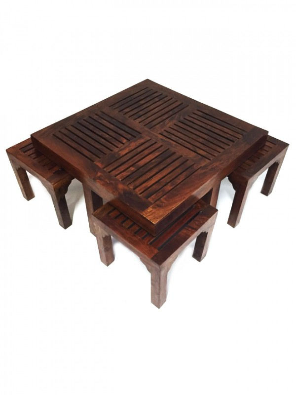 table basse indienne avec 4 tabourets tuqa 90cm. Black Bedroom Furniture Sets. Home Design Ideas