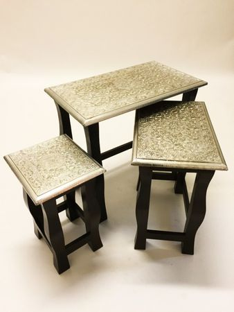 Indian tables Sharmila - Set of 3 – image 1