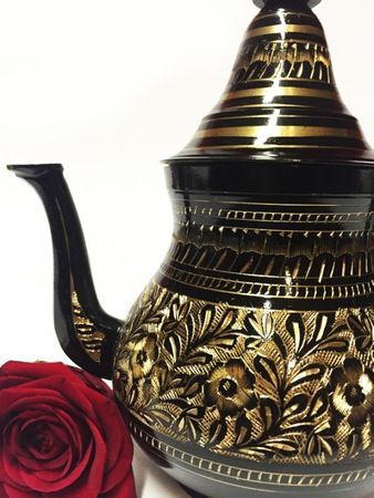 Oriental moroccan Teapot Baidar black/ gold colored- 750ml – image 3