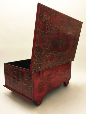 Oriental Coffee Table/Chest Murali - 110cm – image 4