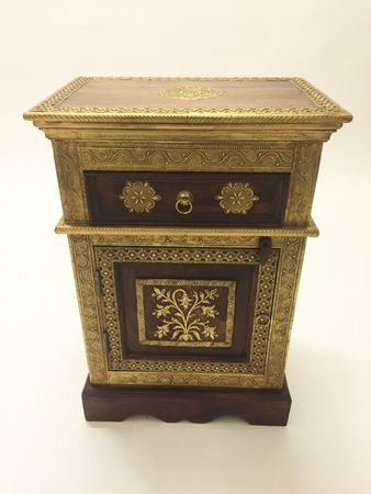 Indian Bedside Table Gowri – image 2