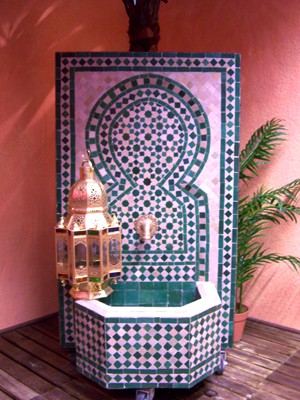 Mosaic Fountain Alhambra Green, 110cm – image 2