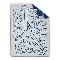 Kay Bojesen Decke 80 x 120 cm mit Illustration der beliebten Affen blau